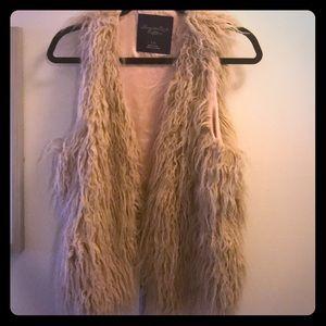 Faux Fur Vest Size L